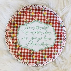 "B2G1 VTG ""It's Home If Love is There"" Decor Plate"